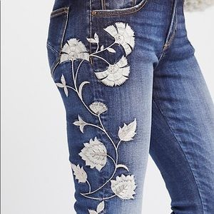 Driftwood Jackie embroidered jeans